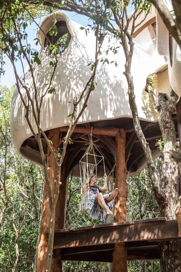 Glamping review of the treehouse at Papaya Playa in Mexico by Kristen Kellogg 7062