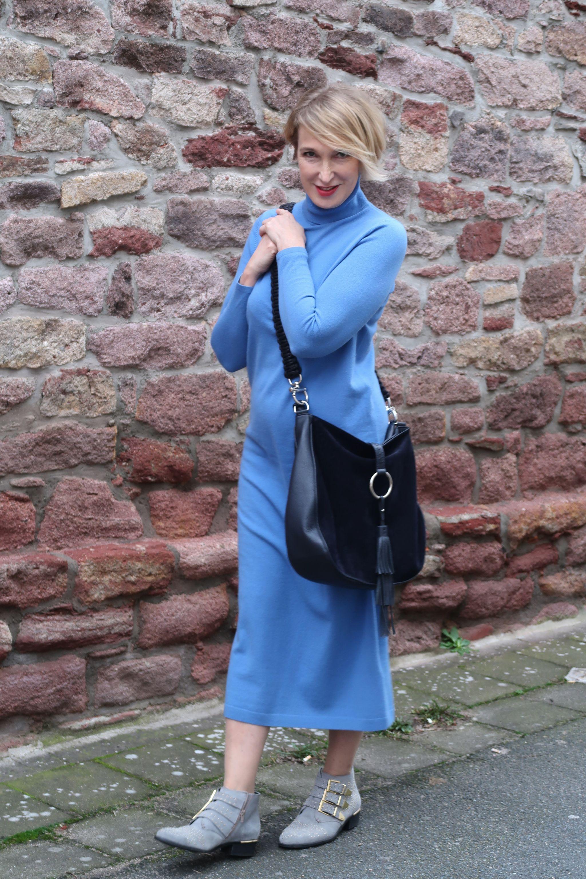 glamupyourlifestyle allude-cashmere Strickkleider Strickkleid naschbag stiefelletten-kleid ue40-Blog ue40-Mode