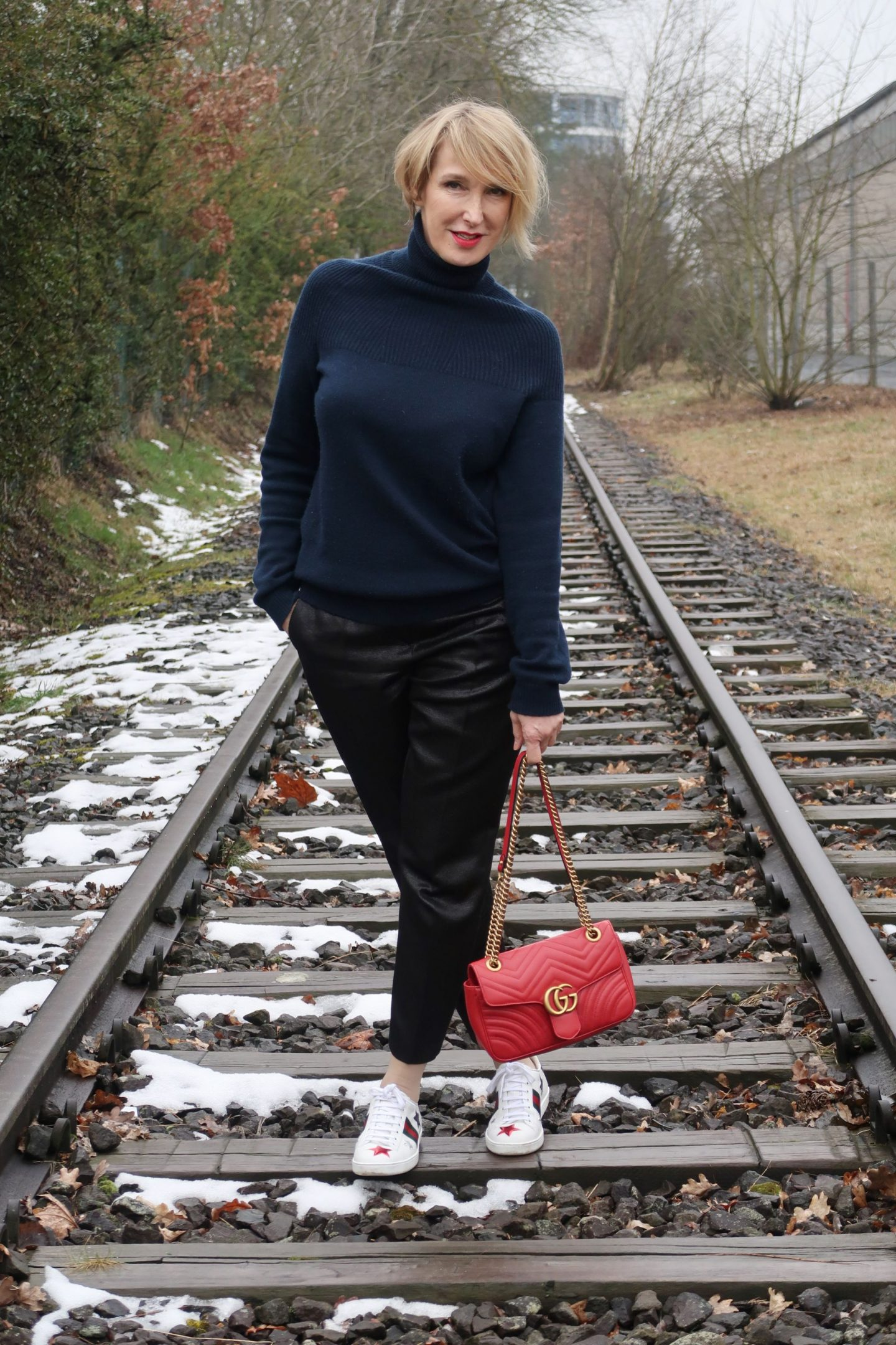 glamupyourlifestyle Gucci-Tasche designer-Taschen Gucci-Hype allude-cashmere rote-Tasche fashhion-blogger Ü40-Blog