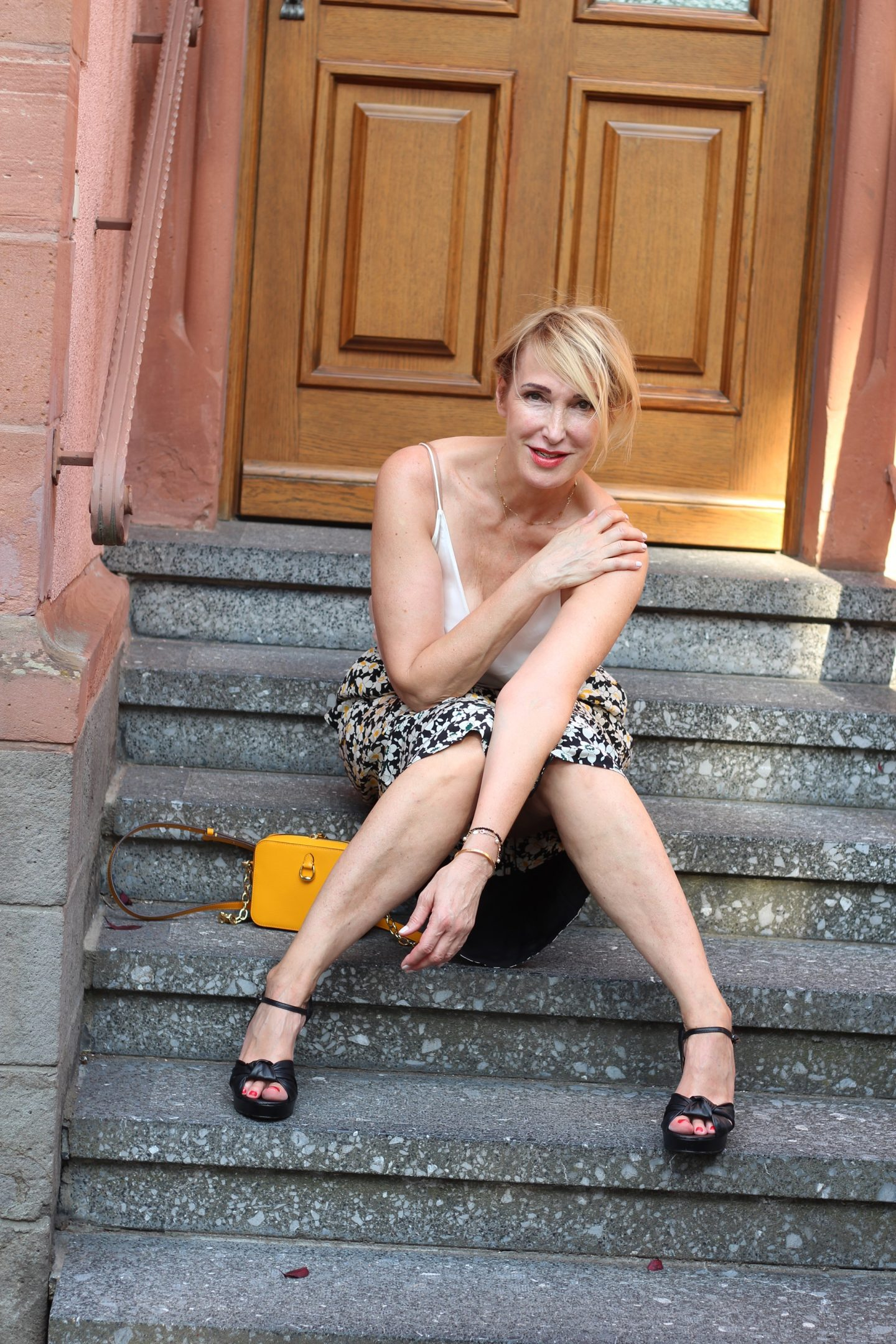 Büro-Outfits Glamupyourlifestyle Sommer-Look heiße-Tage Business-Outfit Hitze ü-40-blog ue-40-Blog