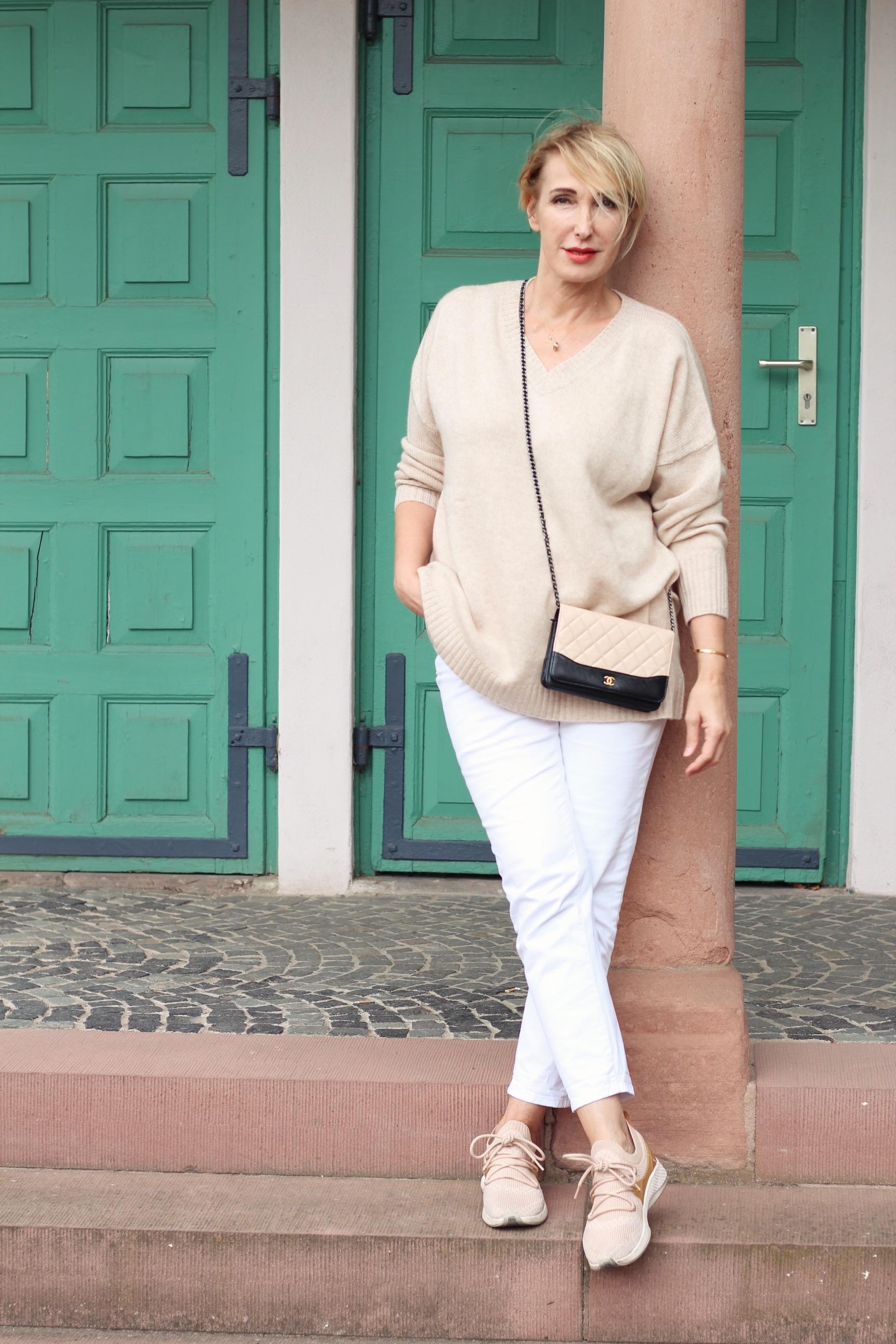 glamupyourlifestyle minx-fashion pullover herbst-trends ü-40-blog ue-40-blog deutsche-modedesigne