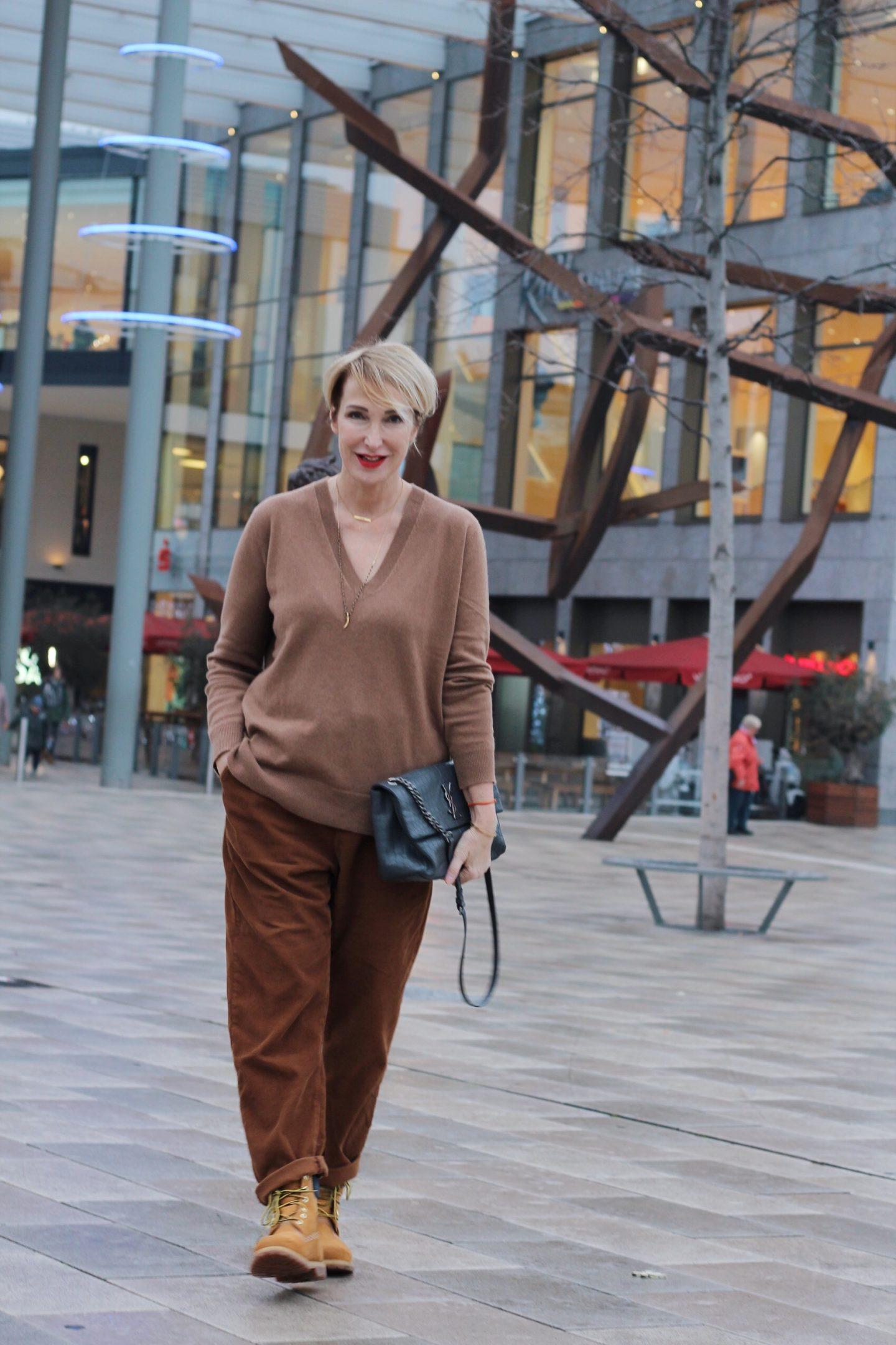 glamupyourlifestyle cordhose cordstoff cord kaschmirpullover timberland ü-40-blog ü-50-blog ue-40-blog ue-50-blog