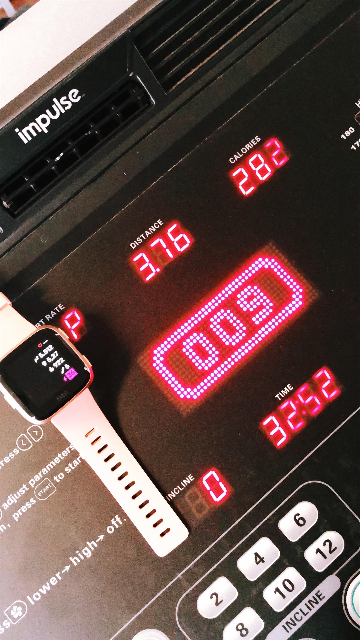 glamupyourlifestyle fitbit fitbit-versa test erfahrung fitness-tracker smart-watch gesundheit herzfrequenz fitness-uh