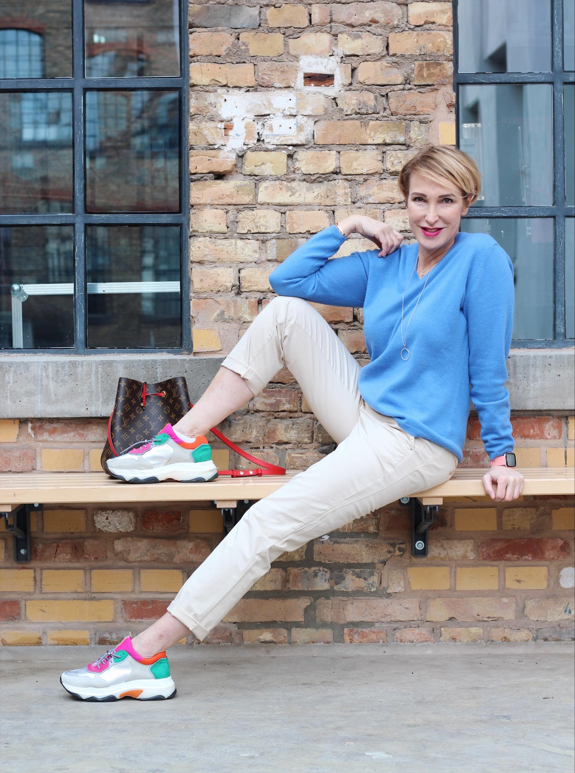 glamupyourlifestyle british-shop frühlingsmode trenchcoat chino-hose kaschmir-pullover ü-40-blog ü-50-blog ue-40-mode