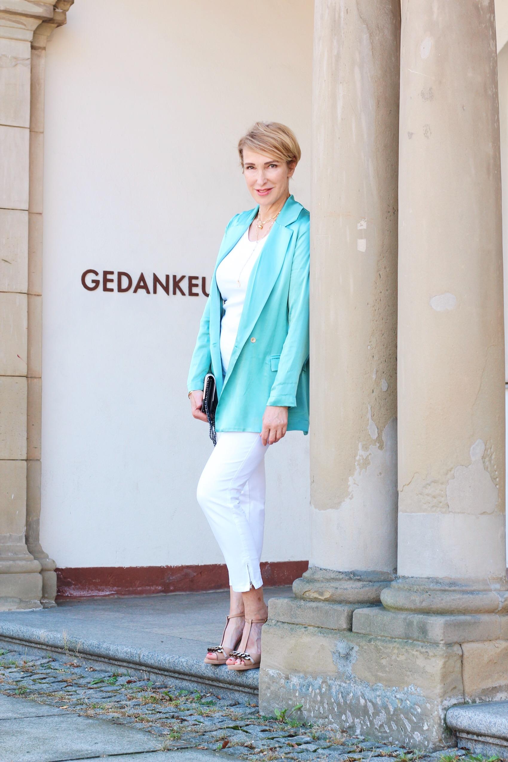 glamupyourlifestyle türkis make-up sommr-glow bild-derfrau ü-40-blog ue-50-blog ue-50-mode ü-40-mode