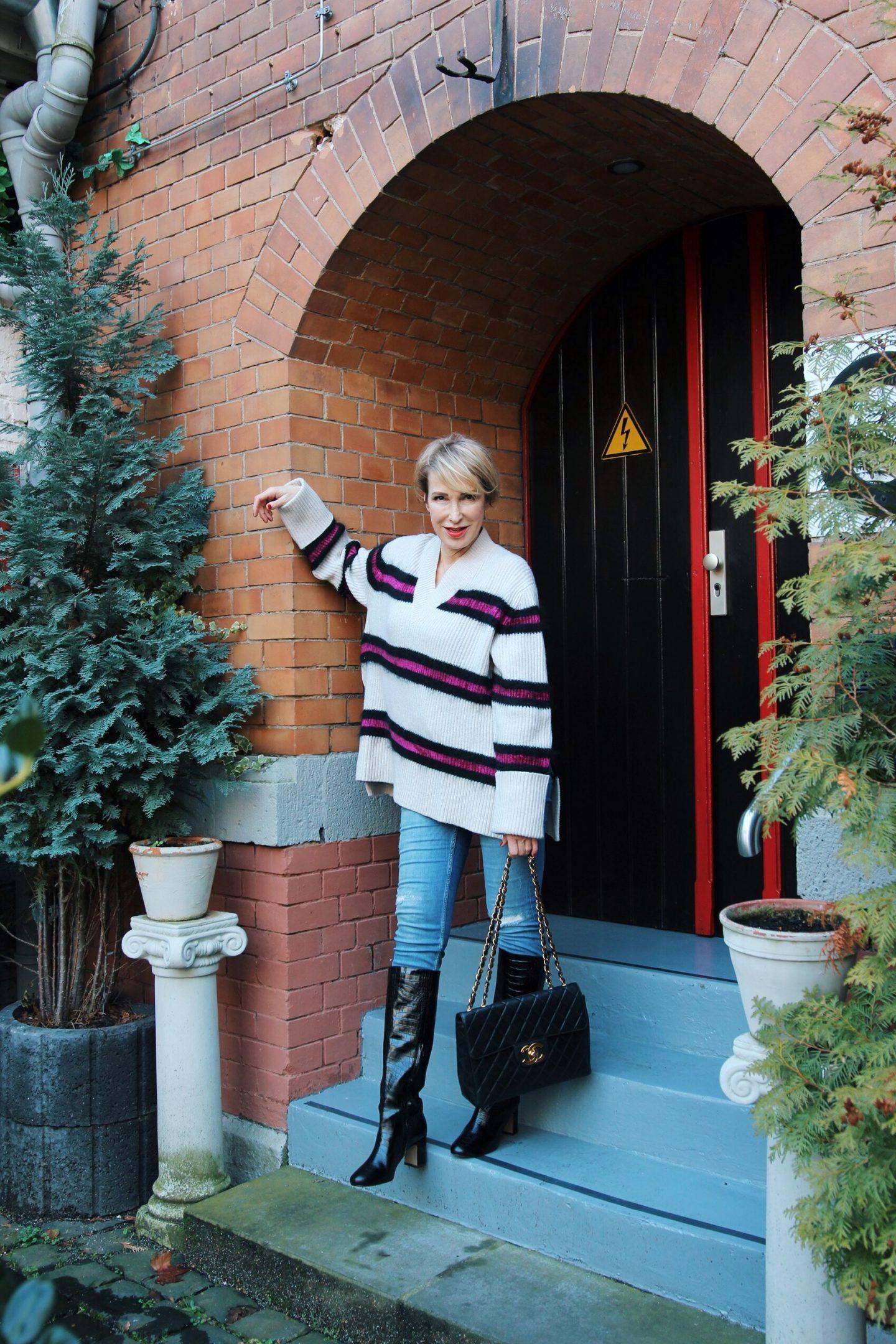 glamupyourlifestyle hose stiefel stecken 0versize-Pullover ue-40-blog ue-50-blog ü-40-mode