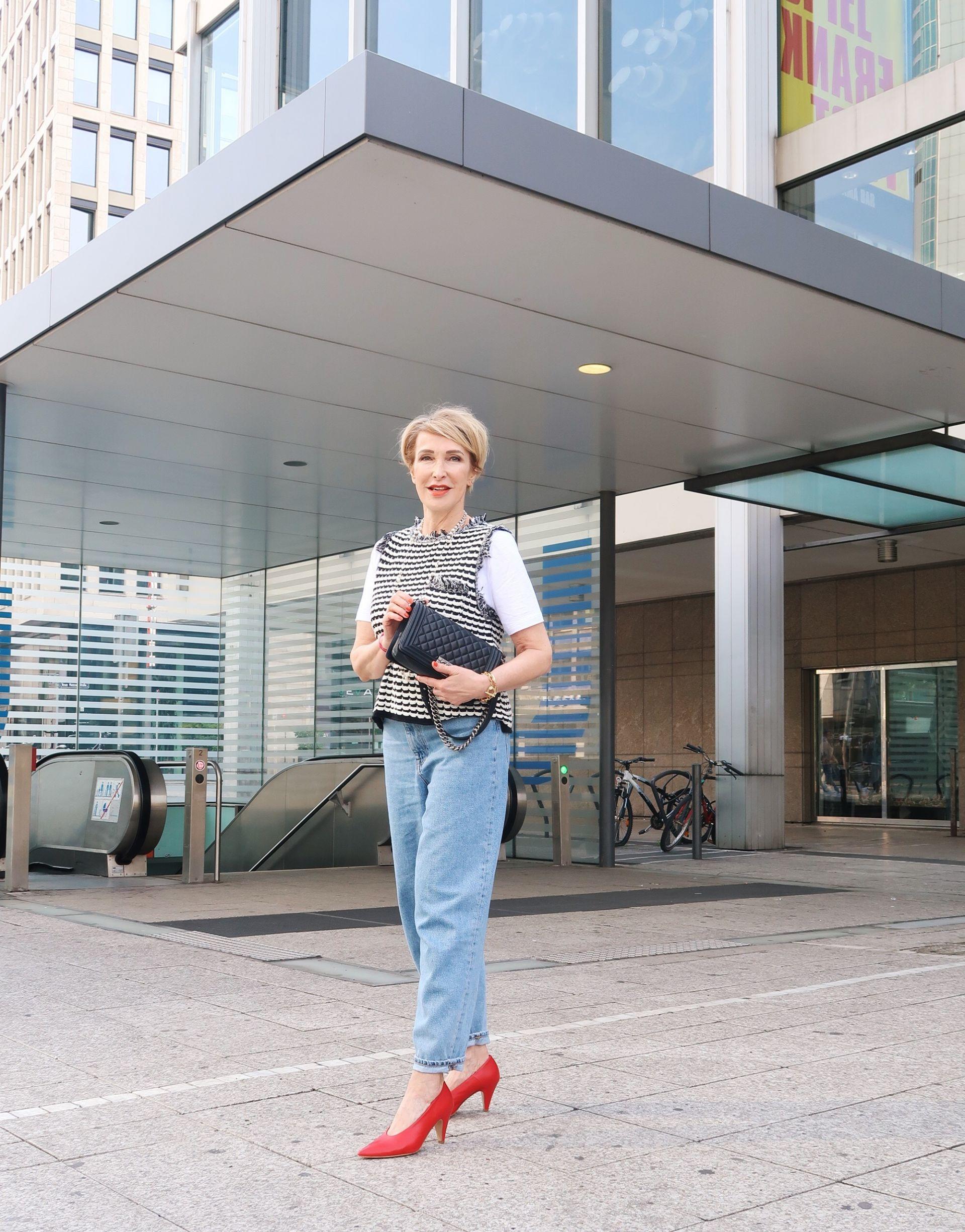 glamupyourlifestyle Pullunder Pullover ue-40-blog ue-50-blog Chanel