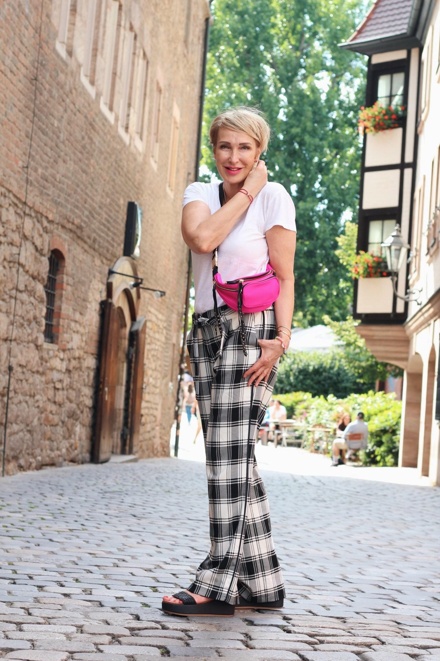glamupyourlifestyle toni-fashion sommer-outfit ue-40-blog ue-50-blog ue-50-mode