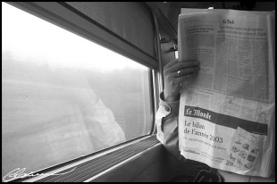 Back in time. (TGV, France, décembre 2003)