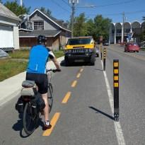 En route vers la Maison du Vélo à Hébertville... un obstacle sur la piste cyclable...