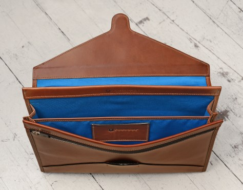 Hand-burnished-espresso-All-Leather-Flapover-Folderholder-with-california-blue-lining.4