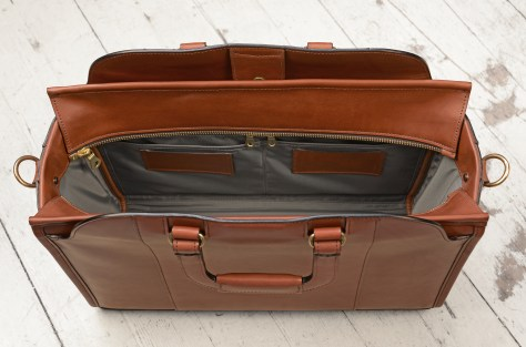 Hand-burnished-espresso-Day-Tote;-17-x-12-x-6-topdown3