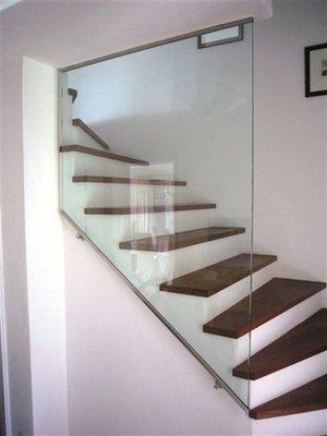 Galerie  Treppenverglasung  Glaserei Wenzel Mnchen