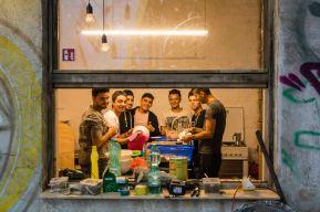 """Festival STADTTFINDEN - Kochprojekts """"Ein gemeinsames Süppchen kochen"""" (Foto (c) Manuel Emmelmann)"""