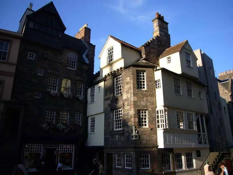 John knox house edinburgh glasgow architecture for Classic house edinburgh