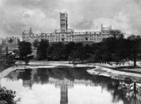 A view of the University from Kelvingrove Park with the final tower steeple still under construction.