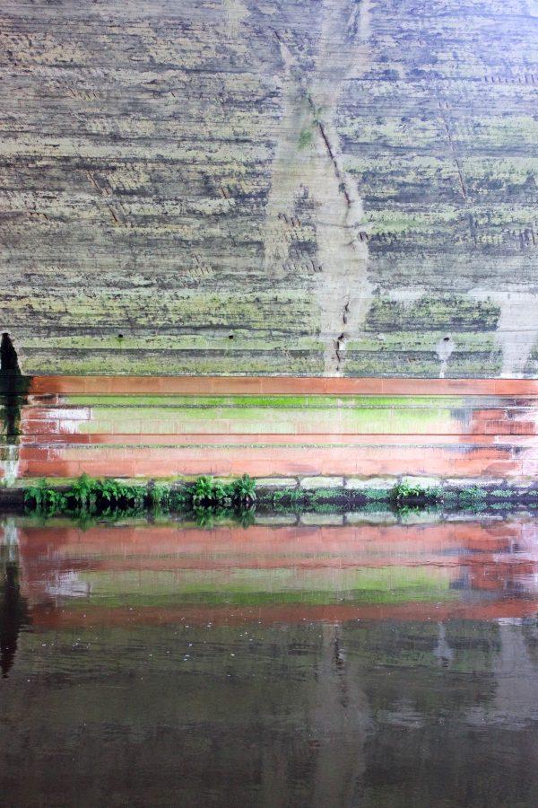River Kelvin colour.