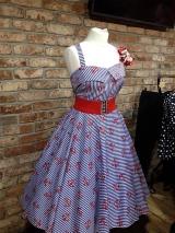 <h5>Vintage Fashion</h5>