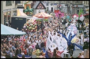 <h5>Festival Parade, Byres Road</h5>