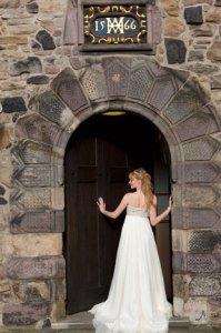 edinburgh-castle-bride