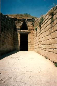 013 Beehive Tomb Mycenae Holiday with Abi