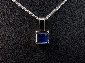 Square-Rub-Over-Pendant-sapphire