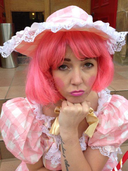 panto-tram-direct-pink-hair