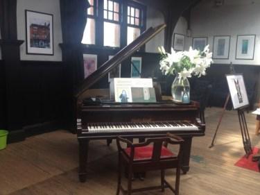 mackintosh club piano 2