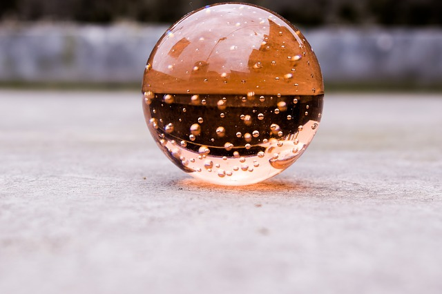 crystalball-2667985_640