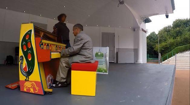 piano bandstand kelvingrove