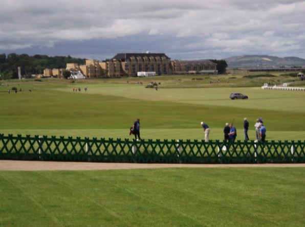 golf course st andrews yonza