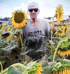 rony sunflowers autism