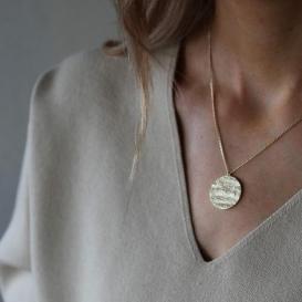 gold hudson necklace n s