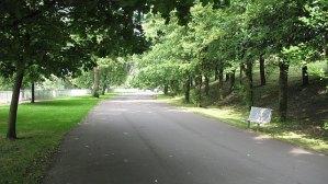 Clyde_Walkway,_Glasgow_Green_-_geograph.org.uk_-_1330637