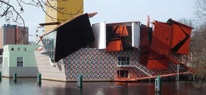 De Stelling: Andreas Blühm vs. Klaas Koetje over het Groninger Museum
