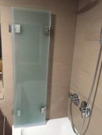 Duschwand als Badewannenaufsatz nach Ma