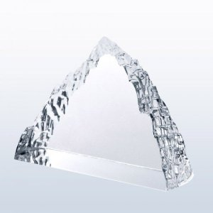 Peak Iceberg (clear edge)