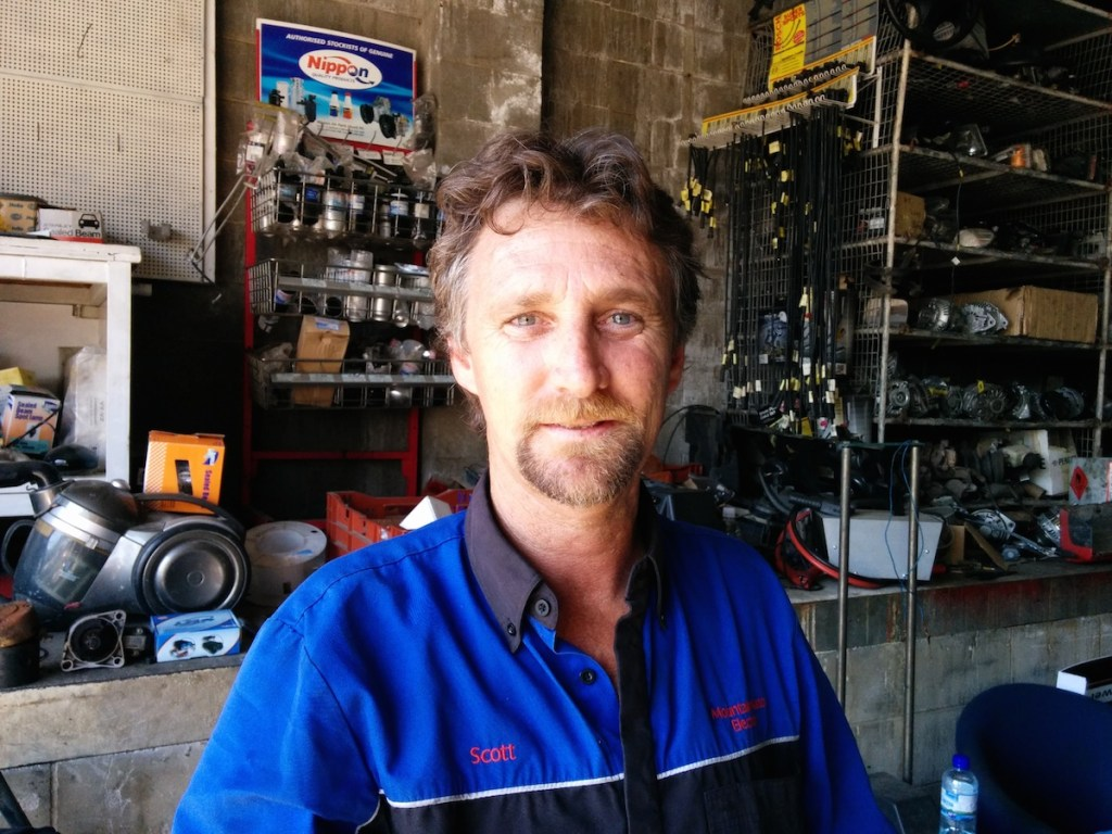 Scott Mountain from Mountain Auto Electrics Beerwah 2014