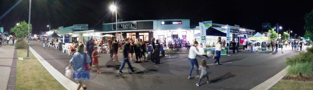 Simpson Street from outside Vianta and Eagle Boys Beerwah Street Party 2015