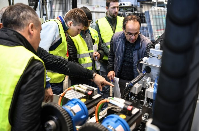 Forel Glass Machinery Training Service