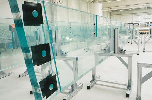 Sedak Glass: Laktha Center Facade Glass