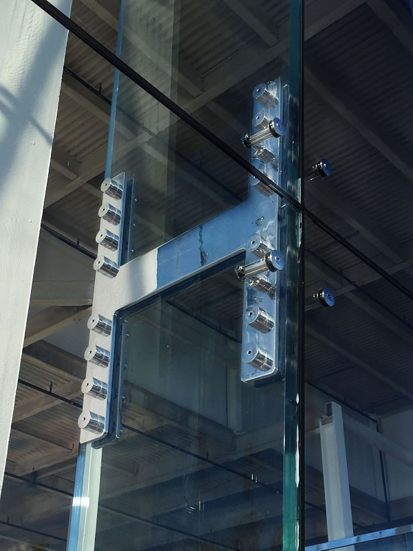 Structural Glass Walls: Process, Design, and Engineering Options