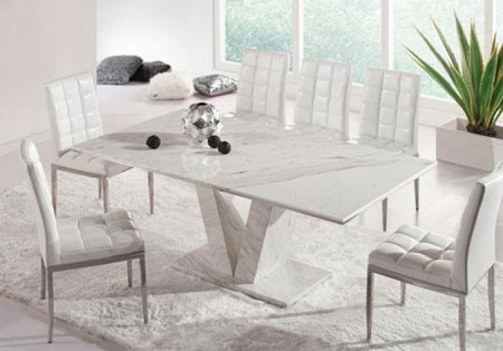 Contemporary Round Dining Table For 4