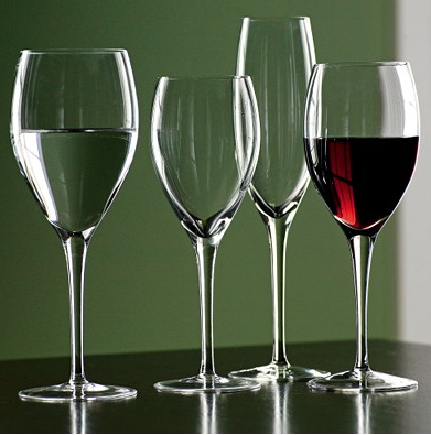how is a glass cup made