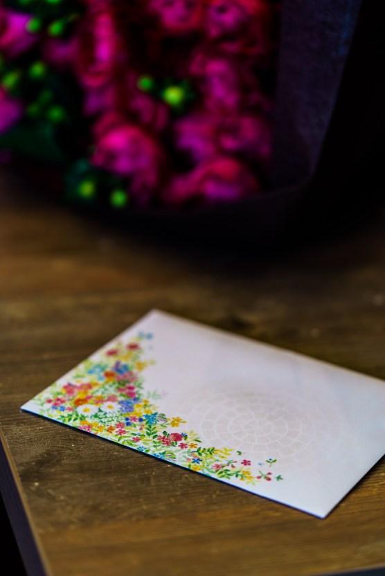 花嫁からのご両親への感謝の手紙と贈呈された花束