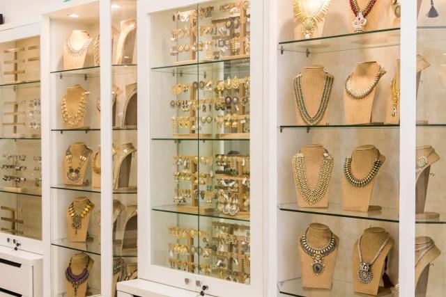 sangeeta boochra silver jewelry store in bangalore