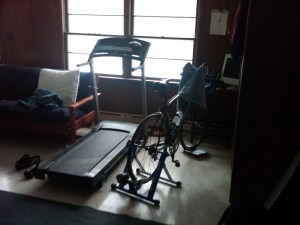 Treadmill and trainer