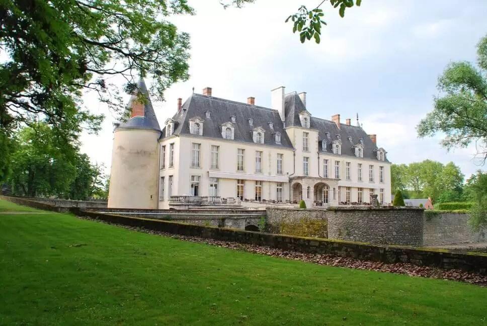 Chateau D'Augerville Golf Club, Near Paris