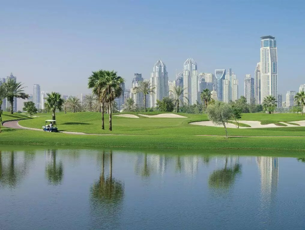DUBAI – 5* Dusit Thani Dubai Golf Holiday & Golf Break Offers