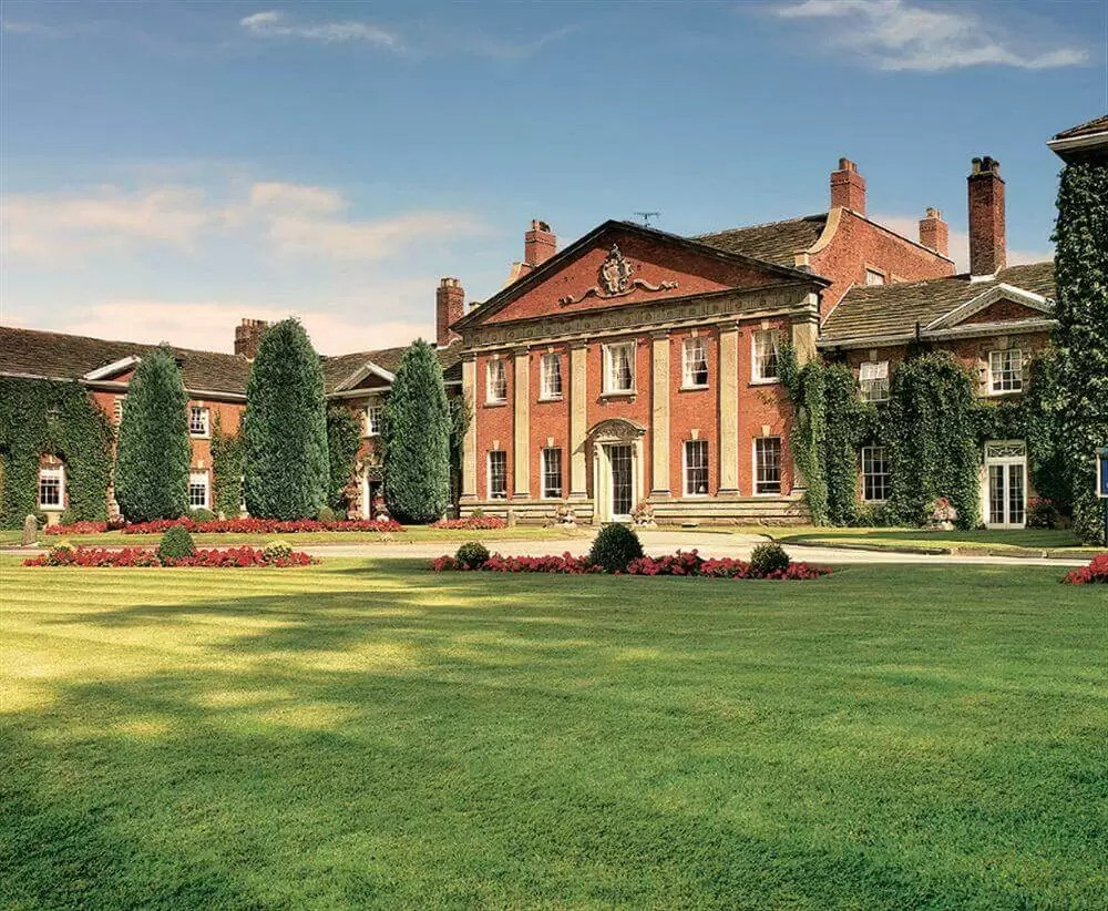 UK  – Mottram Hall Golf Holiday & Golf Break Offers